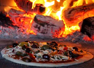 lynn-hilditch-pizza-4-300x217.jpg