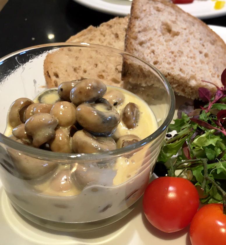 Creamy Garlic Mushroom from Lynn Hilditch catering